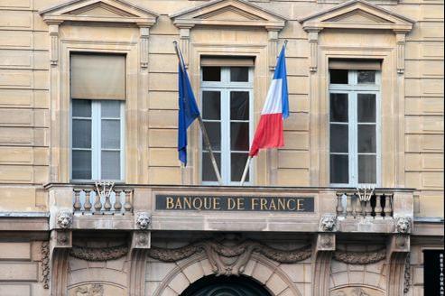 La Banque de France prévoit 5000 départs à la retraite dans les sept prochaines années, dont 2600 dans son réseau de succursales régionales.