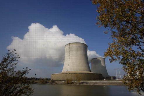 L'industrie nucléaire en France (ci-dessus, la centrale nucléaire de Saint-Laurent-des-Eaux, dans le Loir-et-Cher), cela donne «2500 entreprises, employant 22.000 salariés et exportant 70% de leur production». Crédit: Jean-Christophe Marmara/Le Figaro