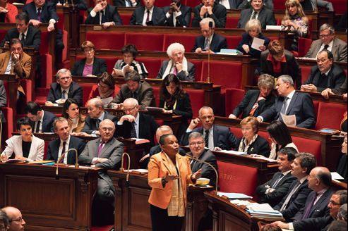 La ministre de la Justice, Christiane Taubira, à l'Assemblée mercredi, lors de la séance des questions au gouvernement dans le cadre du débat parlementaire sur le mariage pour tous.