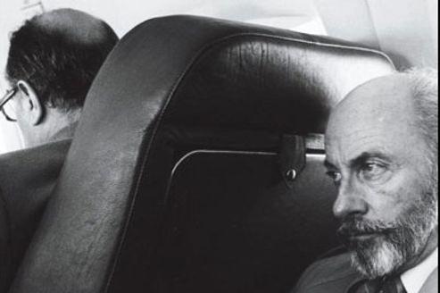 François Mitterrand et François de Grossouvre sur la couverture du livre Le Dernier Mort de Mitterand, publié aux éditions Albin Michel/Grasset.