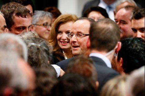 Candidat, François Hollande avait dénoncé une République partisane sous Nicolas Sarkozy. Président, il veille à nommer des proches et des affidés, prenant le risque de se voir accusé de faire renaître l'État PS.
