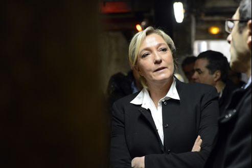 La présidente du FN, Marine Le Pen, vendredi à Marseille.