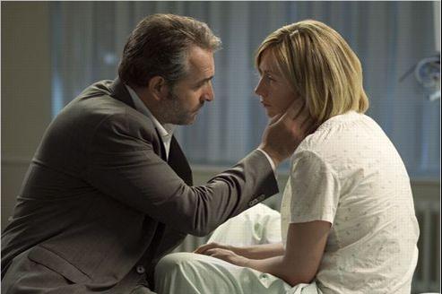 Jean Dujardin et Cécile de France jouent aux amants-espions dans Möbius.