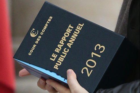 La Cour des comptes, dans son rapport annuel, porte un regard critique sur la façon dont le gouvernement Ayrault a bâti les budgets publics de 2013.