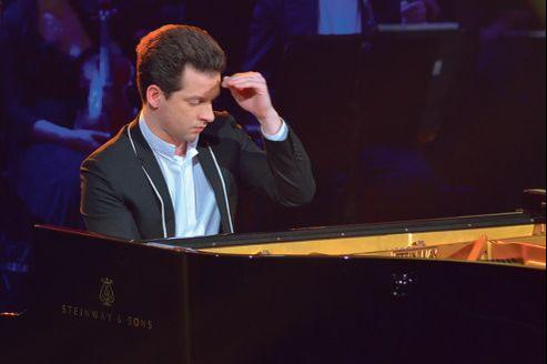 Il y a quatre ans, le pianiste Bertrand Chamayou, a frôlé la dystonie de fonction.Ce trouble moteur, «crampe du musicien», s'exprime par une contraction involontaire des muscles des doigts et de la main.