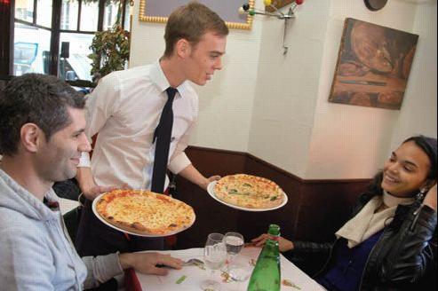 Cette année, la pizza passe à un diamètre de 31,3 cm. Crédit: Manolo Mylonas/Le Figaro Magazine