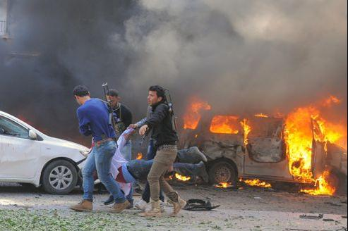Une voiture piégée a explosé près d'un local du parti Baas. Les victimes seraient principalement civiles.