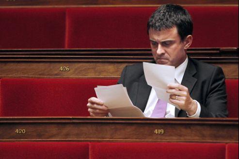 Le ministre de l'Interieur, Manuel Valls, sur les bancs de l'Assemblée nationale, en décembre 2010.