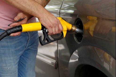 Le diesel coûte environ 20 centimes de moins que le super par litre de carburant.