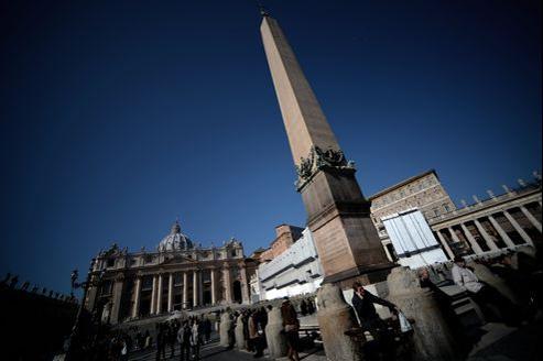 La place Saint-Pierre, au Vatican.