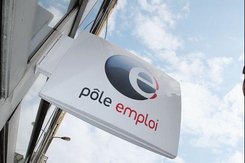Pour postuler aux emplois d'avenir, les candidats doivent avoir été inscrits six mois dans les douze derniers au chômage.