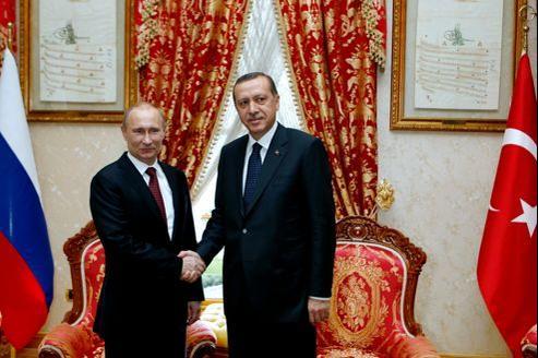 Vladimir Poutine rencontre le premier ministre turc, Recep Tayyip Erdogan, à Istanbul, pour discuter du conflit syrien, en décembre 2012.