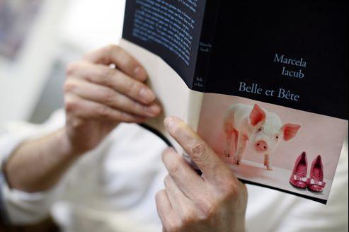 Marcela Iacub parle de DSK comme un être «mi-homme, mi-cochon» dans son livre.
