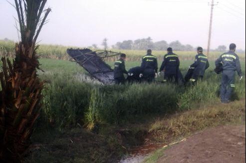 L'appareil s'est écrasé dans un champ de canne à sucre à al-Dhabaa, près de Louxor.