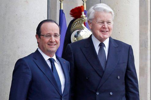 Le président Olafur Ragnar Grimsson (à droite) au côté de François Hollande à l'Élysée mardi.