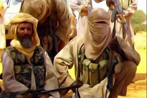 Abou Zeid (à gauche) est le principal chef d'al-Qaida au Maghreb islamique.