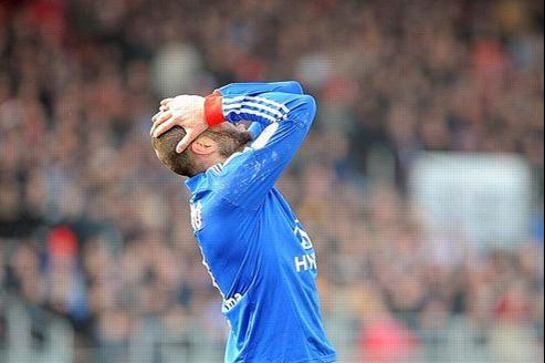 L'Olympique lyonnais (ici son attaquant argentin Lisandro Lopez) a enregistré la plus grosse perte en 2011-2012: -28 millions d'euros.