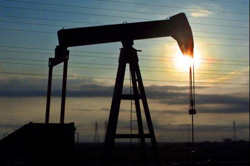 Le Venezuela vit sous perfusion du pétrole.