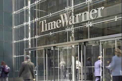 Le premier groupe de communication des États-Unis a décidé de se séparer de TimeInc., société d'édition de ses magazines.