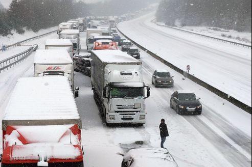 Vue de l'autoroute A10 entre Dourdan et Saint-Arnoult-en-Yvelines, mardi en fin d'après-midi.