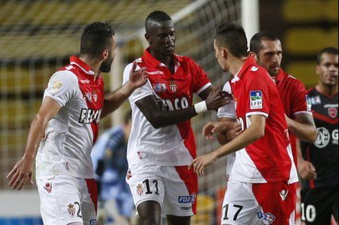 Le club monégasque est actuellement leader du championnat de Ligue 2.