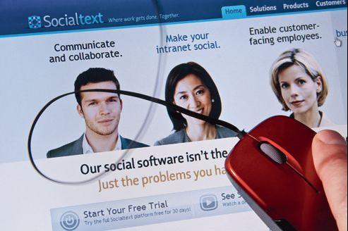 Après avoir longtemps hésité, les sociétés ont compris l'importance autant sociale que professionnelle des réseaux sociaux.