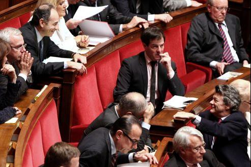 Jean-François Copé et Jean-Louis Borloo à l'Assemblée nationale, le 29 mars 2011.