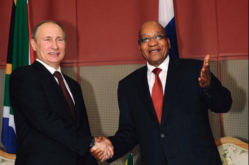 Le président russe, Vladimir Poutine, et son homologue sud-africain, Jacob Zuma au sommet de Durban, en Afrique du Sud.