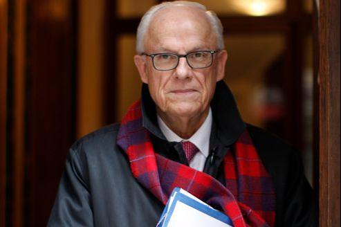 Alain Lambert, président divers droite de la Commission consultative d'évaluation des normes et du conseil général de l'Orne, est l'un des auteurs du rapport remis mardi à Jean-Marc Ayrault.
