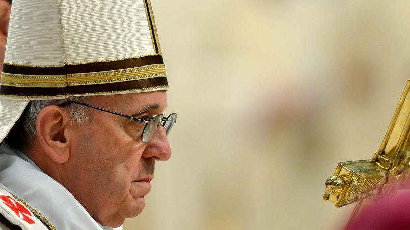 Le pape François, jeudi, pendant la messe à la basilique Saint-Pierre au Vatican.