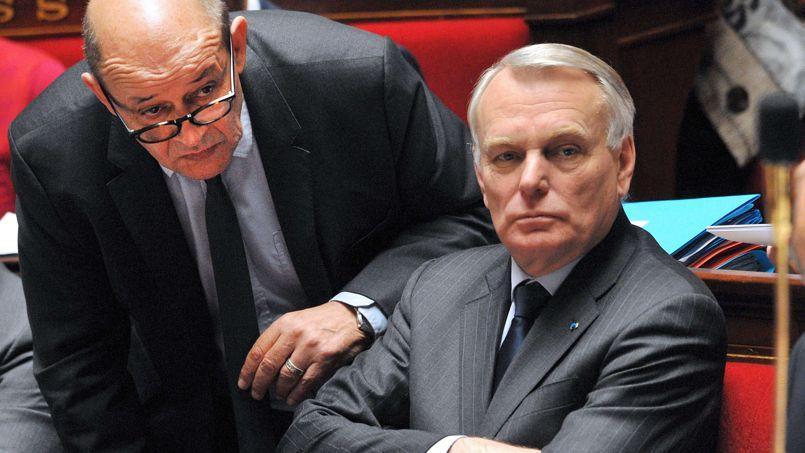 Plusieurs députés socialistes déploreraient une communication de Jean-Marc Ayrault «digne de l'ORTF» et répétitive.
