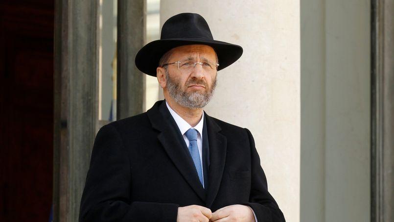 Après une défense maladroite, le Grand Rabbin de France a reconnu le plagiat dans ses Quarante Méditations juives.