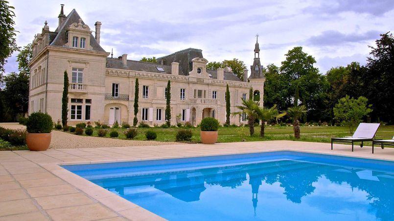 Poitou charentes nos plus belles chambres d 39 h tes for La maison la plus grande au monde
