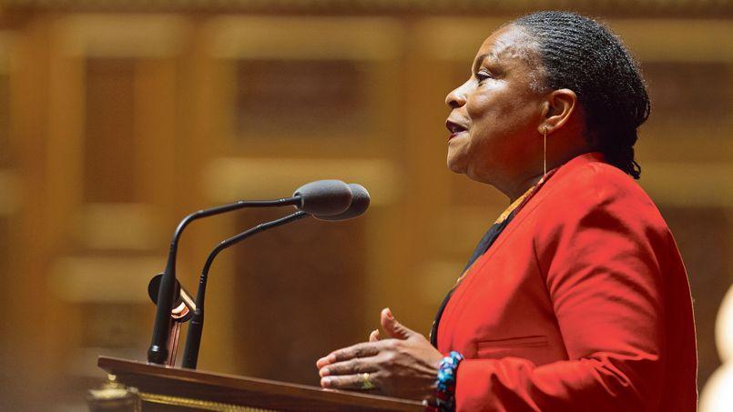 Christiane Taubira, jeudi, au Sénat. Le cabinet de la ministre a été informé directement par le procureur de Paris qui a ouvert l'enquête sur Jérôme Cahuzac.