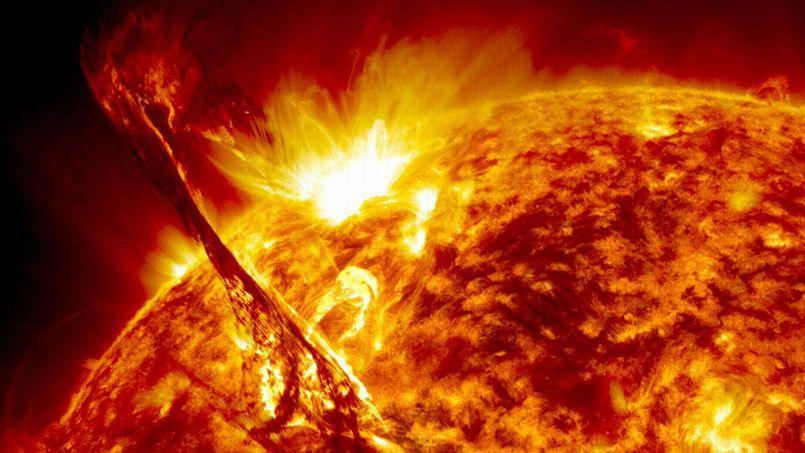 Éruption solaire.