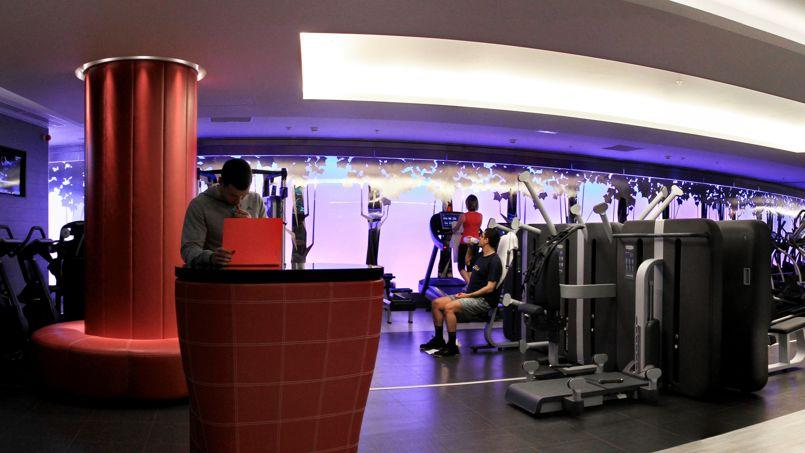 club med gym retrouve du muscle et monte en gamme. Black Bedroom Furniture Sets. Home Design Ideas