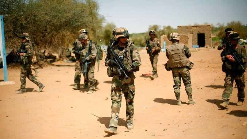Un groupe de soldats français en mission au Mali.