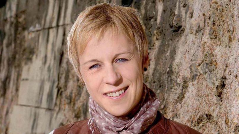 Agnès Ledig vient de publier Juste avant le bonheur chez Albin Michel. Crédits photo: Stephan Gladieu