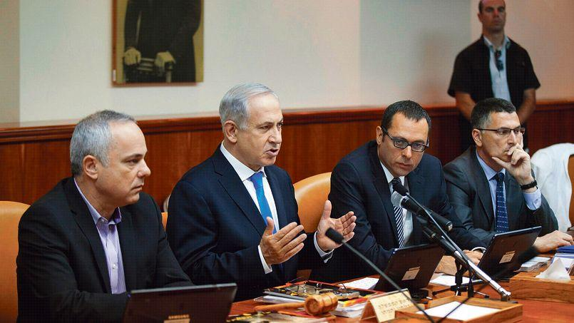 Benyamin Nétanyahou au Conseil des ministres israéliens, à Jérusalem.