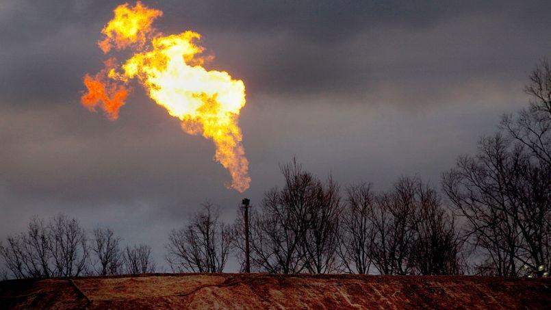 Le torchage (ci-dessus aux États-Unis) et autres fuites représentent 1,1 milliard de tonnes d'équivalent CO2 totalement gaspillées.