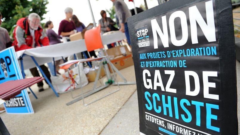 Un rassemblement d'opposants à l'exploitation du gaz de schiste dans le sud de la France, en septembre 2012.