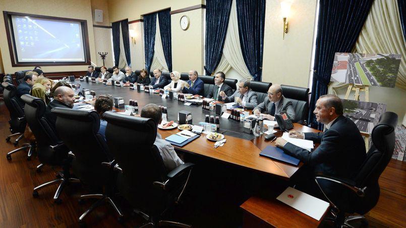 La composition de la délégation reçue par le premier ministre turc, Recep Tayyip Erdogan, mercredi à Ankara, a été fortement critiquée par les contestataires de la place Taksim.