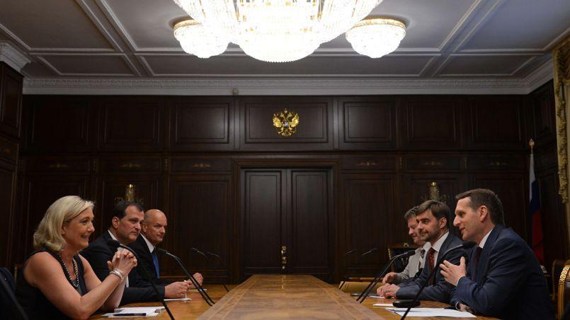 La présidente du Front national a été reçue mercredi par le président de la Douma, Sergueï Narychkine, un proche de Vladimir Poutine.