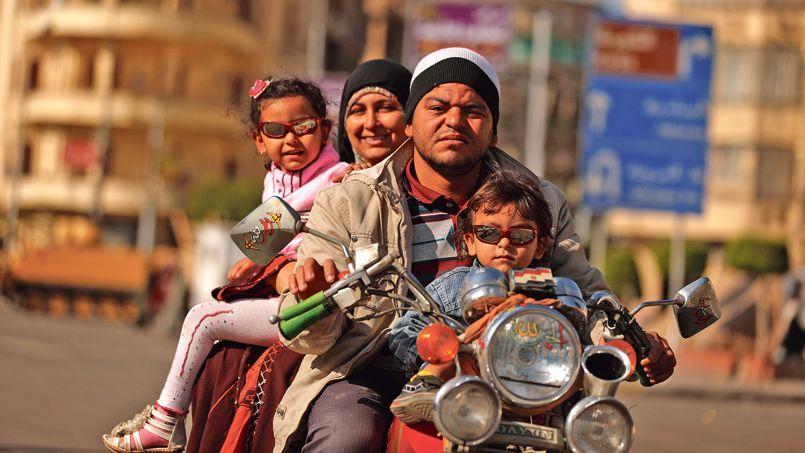 Pour Moubarak, la famille idéale comptait deux enfants. Mais la fécondité en Égypte reste à trois enfants par femme.