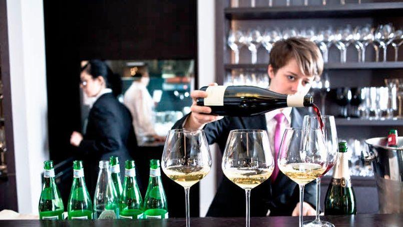Dans les cafés et restaurants, 40% de la clientèle consomme du vin. (Photo Young Ah Kim/Le Figaro)