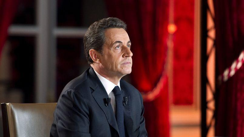 La commission reprochait à Sarkozy de n'avoir pas intégré dans son compte de campagne des dépenses qui auraient dû être acquittées par l'association de financement du candidat.