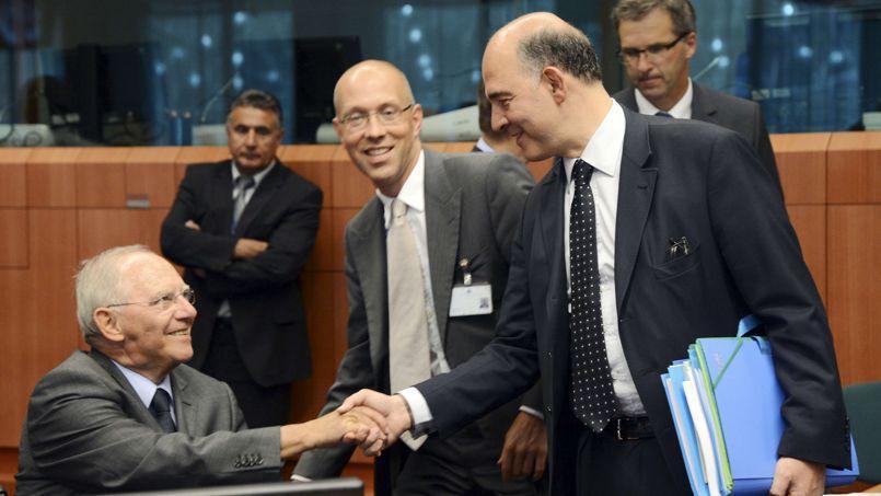 Wolfgang Schäuble (à gauche), ministre allemand des Finances, et son homologue Pierre Moscovici.