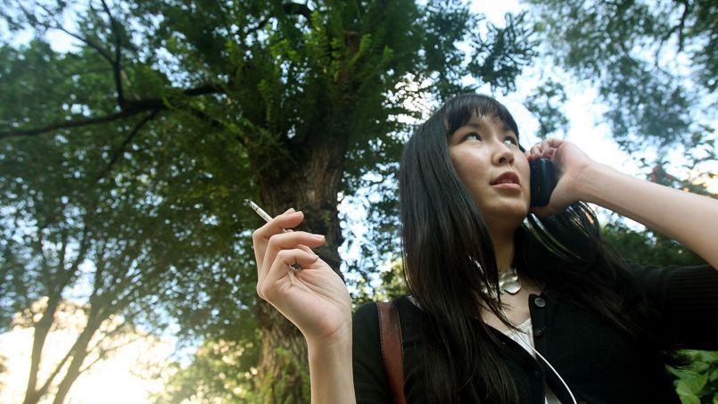 Marisol Touraine évoque l'interdiction de fumer dans les parcs et à la plage