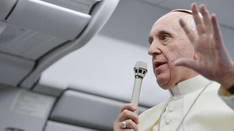 Le pape a répondu pendant 1h22 aux questions des journalistes dans l'avion qui le ramenait de Rio.