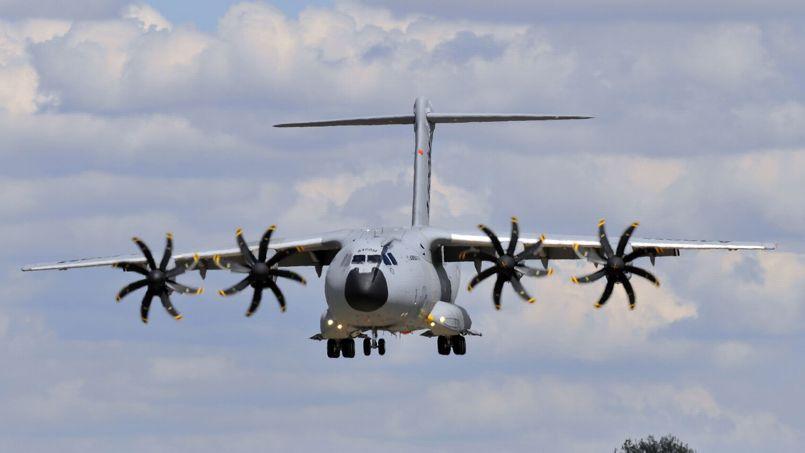 Le premier Airbus A400M a atterri aujourd'hui sur le sol français.